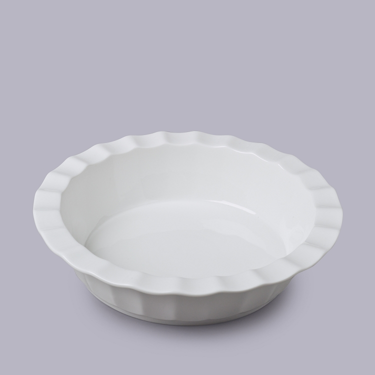 WM Bartleet and Sons Ceramic Pie Dish with 5 Base and 8 Outer Ruffle